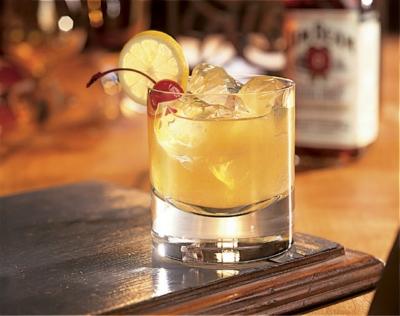 Các loại cocktail ngon dễ làm nhất-89 các loại cocktail ngon Chỉ cần 8 loại cocktail này, bạn sẽ vượt qua mùa hè 2017 cac loai cocktail ngon de lam nhat 15