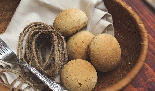 Cách làm bánh mì nguyên cám nhân phô mai thơm ngon hấp dẫn-2