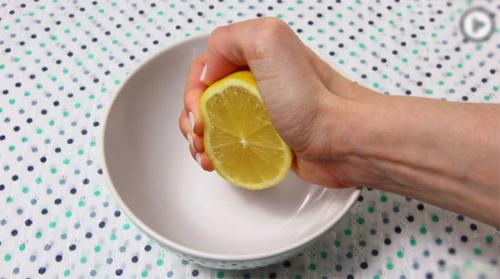 Cách làm sạch lò nướng đơn giản và hiệu quả nhất-65 cách làm sạch lò nướng Mẹo làm sạch lò nướng đơn giản và hiệu quả nhất cach lam sach lo nuong don gian va hieu qua nhat 6