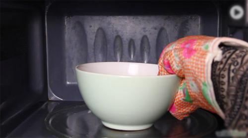 Cách làm sạch lò nướng đơn giản và hiệu quả nhất-45 cách làm sạch lò nướng Mẹo làm sạch lò nướng đơn giản và hiệu quả nhất cach lam sach lo nuong don gian va hieu qua nhat 7