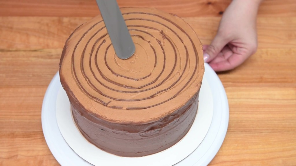 Cách làm bánh gato kẻ caro siêu độc đáo-1 cách làm bánh gato kẻ caro Cách làm bánh gato kẻ caro siêu độc đáo cach lam banh gato ke caro sieu doc dao 7 1024x576