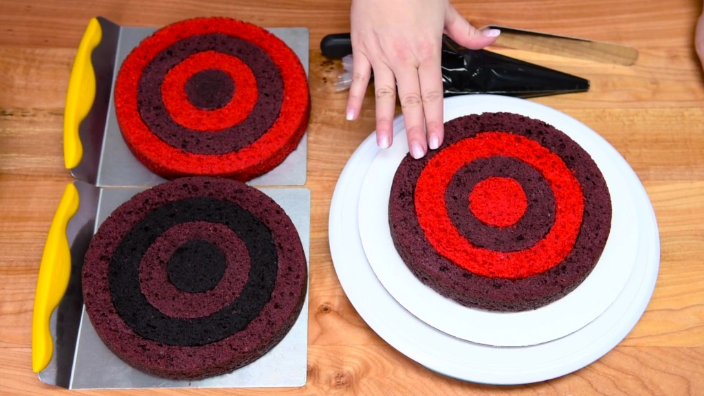 Cách làm bánh gato kẻ caro siêu độc đáo-5 cách làm bánh gato kẻ caro Cách làm bánh gato kẻ caro siêu độc đáo cach lam banh gato ke caro sieu doc dao 9 1024x576