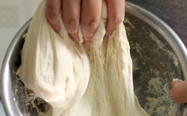 cách làm bánh mỳ Việt Nam cách làm bánh mỳ việt nam Cách làm bánh mỳ Việt Nam vỏ mỏng giòn tan cach lam banh my viet nam 2