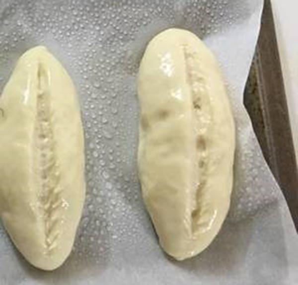 cách làm bánh mỳ Việt Nam cách làm bánh mỳ việt nam Cách làm bánh mỳ Việt Nam vỏ mỏng giòn tan cach lam banh my viet nam 3