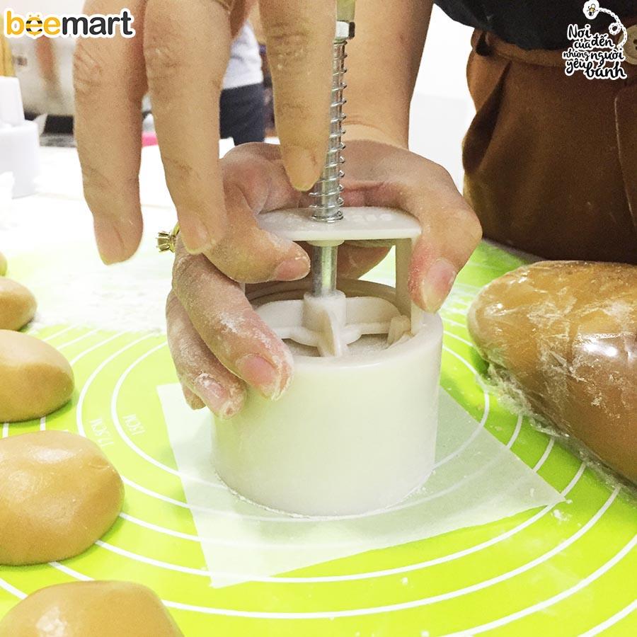 cách làm bánh trung thu nhân đậu xanh 6 cách làm bánh trung thu Cách làm bánh Trung thu nhân đậu xanh cach lam banh trung thu nhan dau xanh 6