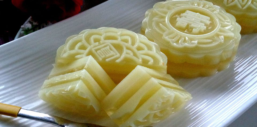"""3 cách làm bánh Trung thu bằng bột rau câu """"hot"""" nhất năm-56 cách làm bánh trung thu rau câu Cách làm bánh Trung thu rau câu sầu riêng thạch dừa ngon đến nao lòng 21078501 1951501838452256 7598817356340795686 n"""