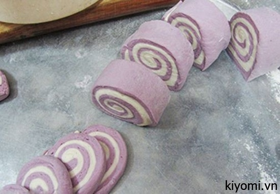 Cách làm bánh bao không nhân thơm ngon, nóng hổi-4 cách làm bánh bao không nhân Cách làm bánh bao không nhân khoai lang thơm ngon, nóng hổi cach lam banh bao khong nhan khoai lang thom ngon nong hoi 2