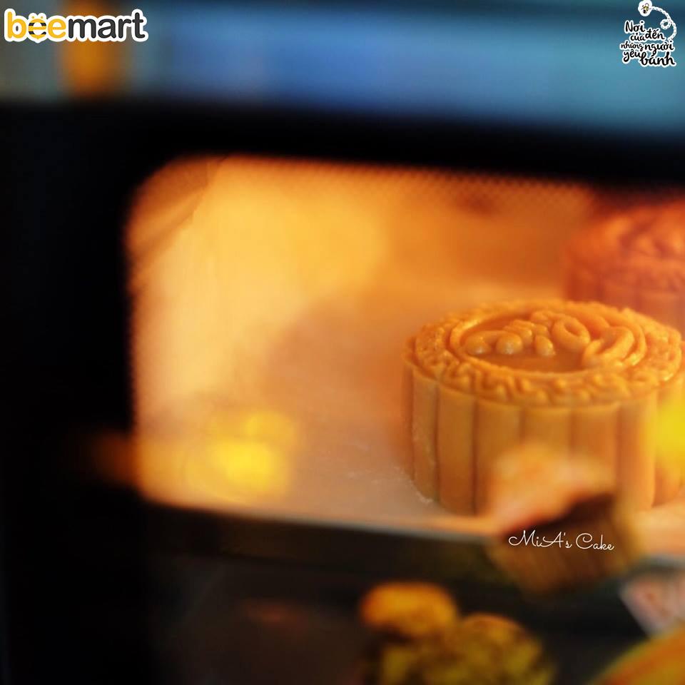 cách làm bánh trung thu 13 cách làm bánh trung thu Cách làm bánh Trung thu thập cẩm trứng muối cach lam banh trung thu 13