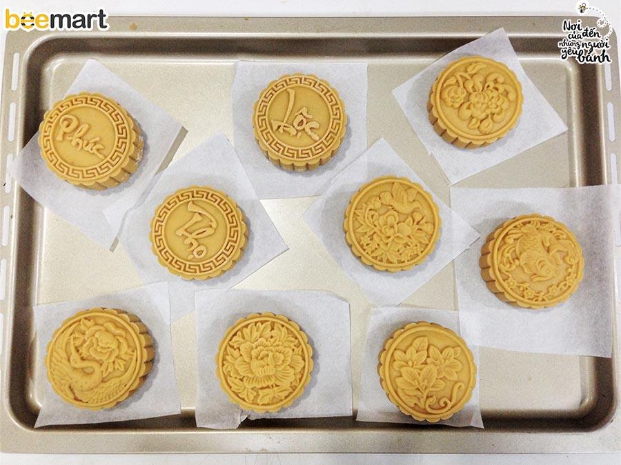 cách làm bánh trung thu 3 cách làm bánh trung thu Cách làm bánh Trung thu thập cẩm trứng muối cach lam banh trung thu 3
