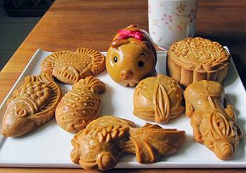 Cách làm bánh Trung thu rau câu sầu riêng thạch dừa ngon đến nao lòng