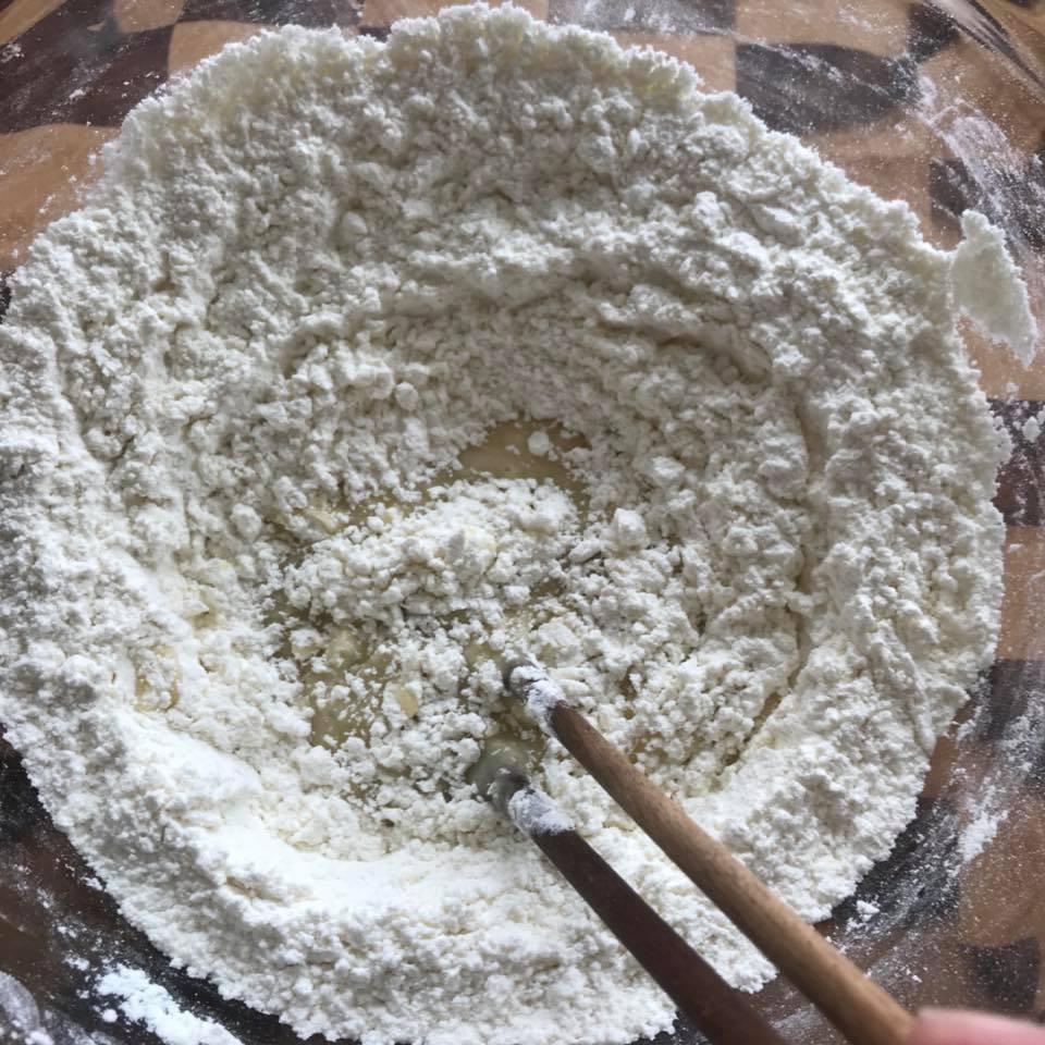Cách làm bánh quy khoai tây không đường giàu dinh dưỡng cho trẻ nhỏ-4 cách làm bánh quy khoai tây Cách làm bánh quy khoai tây không đường giàu dinh dưỡng cho trẻ nhỏ Cach lam banh quy khoai tay khong duong giau dinh duong cho tre nho 4