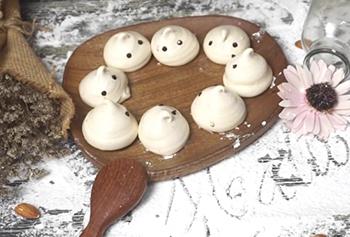 cách làm kẹo con ma cách làm bánh mì halloween Độc đáo với cách làm bánh mì Halloween đêm hội ma này H     ng d   n l  m k   o Meringue h  nh con ma 312
