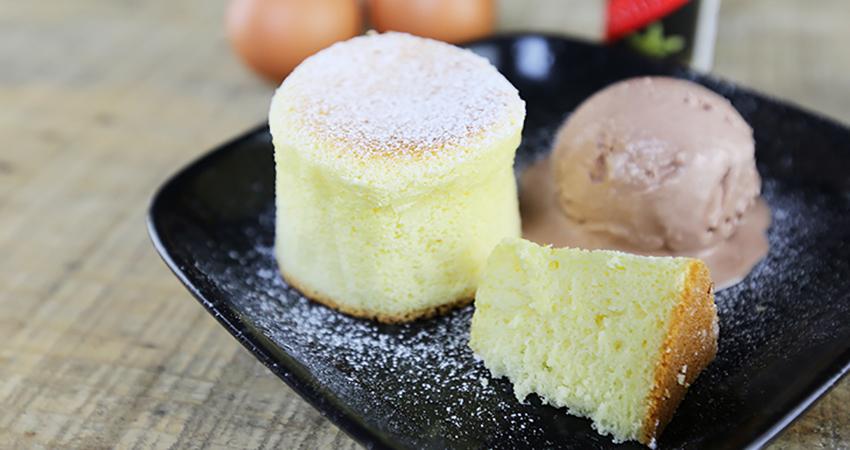 Tự học cách làm bánh bông lan bằng chảo vẫn ngon như nướng