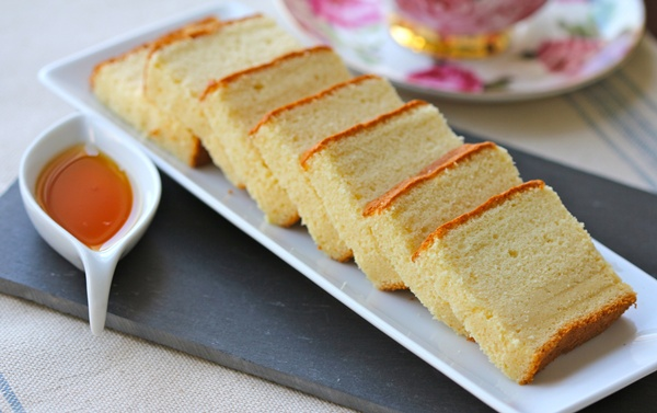 Cách làm bánh bông lan bằng lò vi sóng đơn giản đến không ngờ-45 cách làm bánh bông lan bằng lò vi sóng Cách làm bánh bông lan bằng lò vi sóng đơn giản đến không ngờ cach lam banh bong lan bang lo vi song don gian den khong ngo 4