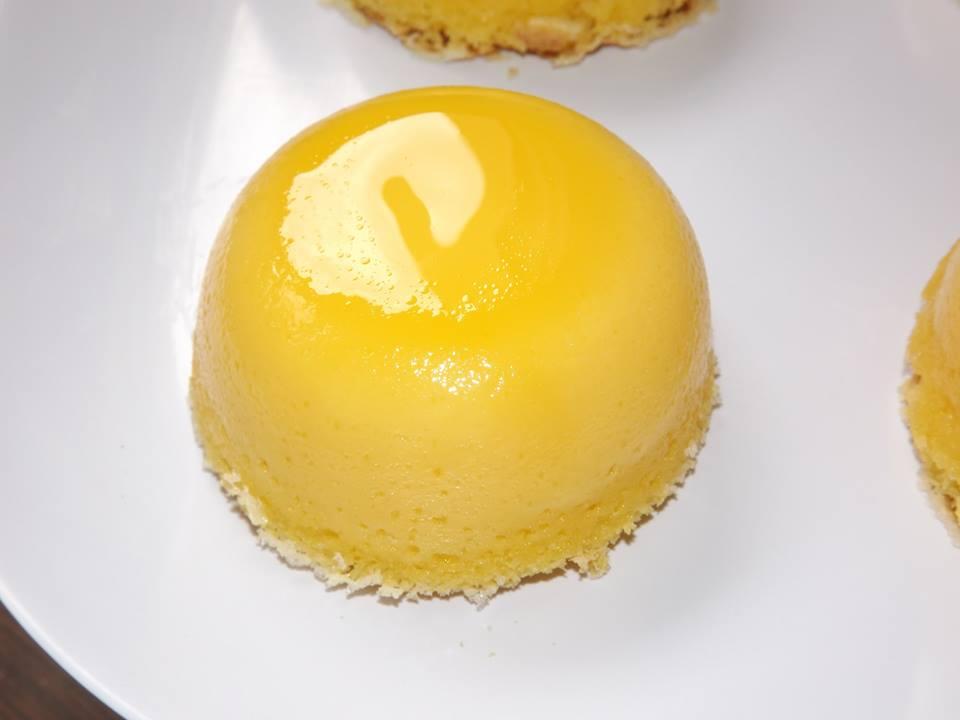 Cách làm bánh Flan dừa theo công thức Chef Bernard nổi tiếng nước Pháp-56 cách làm bánh flan dừa Cách làm bánh Flan dừa trứng theo công thức Chef Bernard nổi tiếng cach lam banh flan dua theo cong thuc chef bernard noi tieng nuoc phap 1