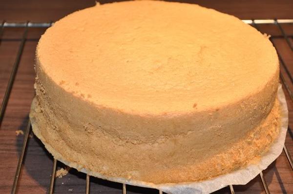 Cách làm bánh kem cách làm bánh kem Đơn giản với cách làm bánh kem gato tặng sinh nhật cach lam banh kem 21