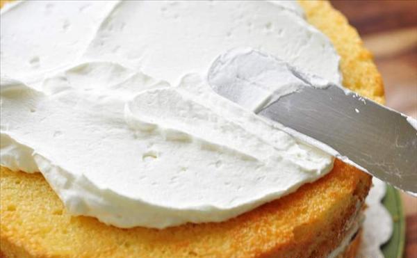 Cách làm bánh kem cách làm bánh kem Đơn giản với cách làm bánh kem gato tặng sinh nhật cach lam banh kem