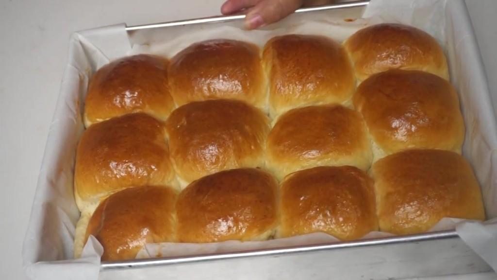 """Cách làm bánh mì Halloween """"độc nhất vô nhị"""" cho bữa tiệc đêm ma-67 cách làm bánh mì halloween Độc đáo với cách làm bánh mì Halloween đêm hội ma này cach lam banh mi halloween doc nhat vo nhi cho bua tiec dem ma 7 1024x576"""