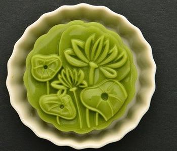 cách làm bánh Trung thu rau câu kiwi nhân phô mai cách làm bánh trung thu rau câu Trung thu mới mẻ với cách làm bánh Trung thu rau câu kiwi nhân phô mai cach lam banh trung thu rau cau la dua cuc dep cuc la 1