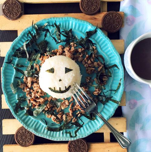 """Gợi ý thực đơn Halloween hấp dẫn-43 thực đơn halloween Thực đơn Halloween """"rùng rợn"""" đố bạn dám ăn goi y thuc don Halloween hap dan"""