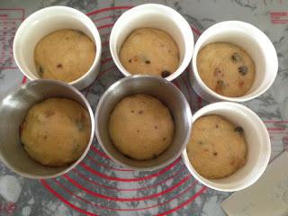 Cách làm bánh Panettone - hương vị bánh đặc trưng đến từ nước Ý-584 cách làm bánh panettone Cách làm bánh Panettone – hương vị bánh đặc trưng đến từ nước Ý cach lam banh Panettone huong vi banh dac trung den tu nuoc y 4