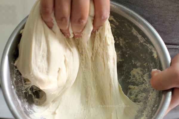 Cách làm bánh Tropézienne - hương vị bánh đặc trưng nước Pháp -45 cách làm bánh tropézienne Cách làm bánh Tropézienne – hương vị bánh đặc trưng nước Pháp cach lam banh Trop  zienne huong vi banh dac trung nuoc phap 3