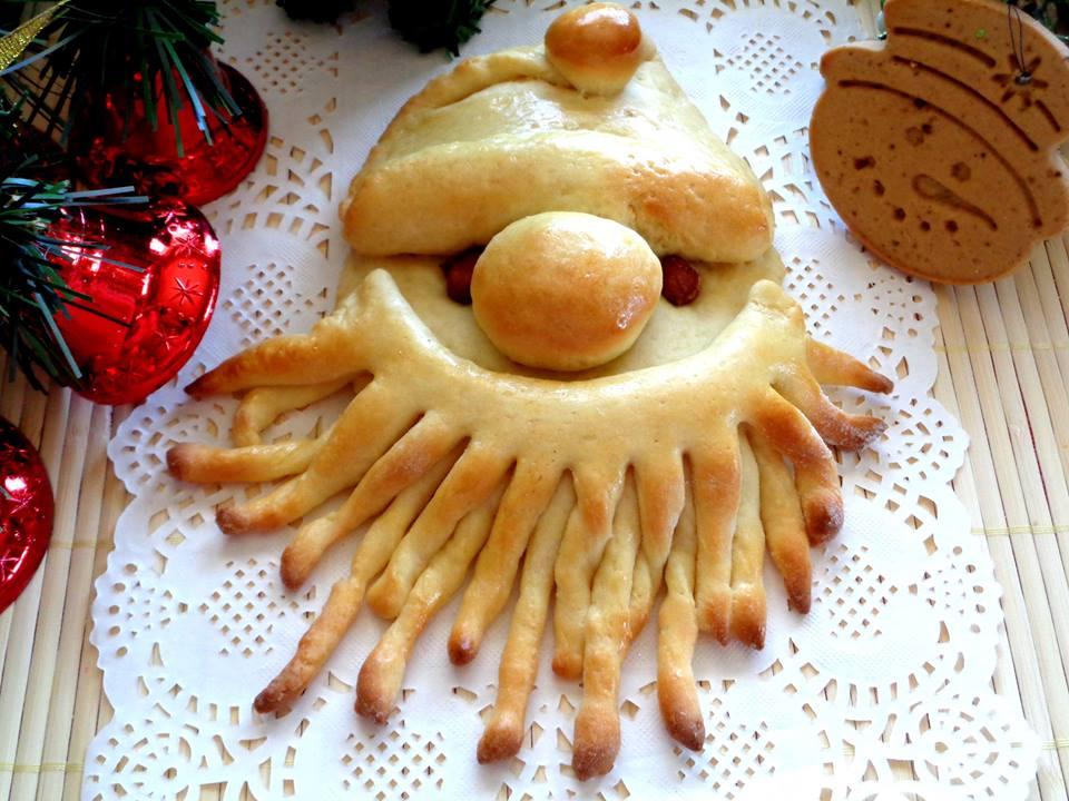 Đón Giáng sinh sớm với bánh mì Noel cực yêu nhìn là muốn ăn ngay-1 bánh mì noel Đón Giáng sinh sớm với bánh mì Noel cực yêu nhìn là muốn ăn ngay cach lam banh lam banh mi ong gia Noel lam qua cho tre nho nhan dip giang sinh