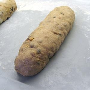 Cách làm bánh mì stollen - bánh Giáng sinh kiểu Đức ngon tuyệt vời-83  Cách làm bánh mì stollen – bánh Giáng sinh kiểu Đức ngon tuyệt vời cach lam banh mi stollen banh giang sinh kieu duc ngon tuyet voi 2