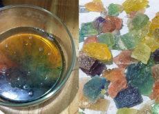 Cách làm kẹo dẻo giáng sinh ngon ngất ngây từ hoa quả-45  Cách làm kẹo dẻo bằng bột rau câu lấp lánh như đá quý cach lam keo deo ban bot rau cau sang lap lanh nhu da quy 32 230x165