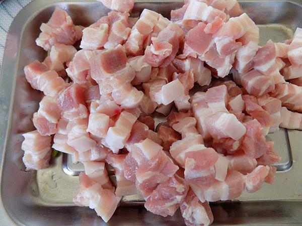 cách làm thịt rim nước mắm sả cách làm thịt rim nước mắm sả Cách làm thịt rim nước mắm sả đậm đà đưa cơm 25498133 2003589256576847 6073025494153698570 n