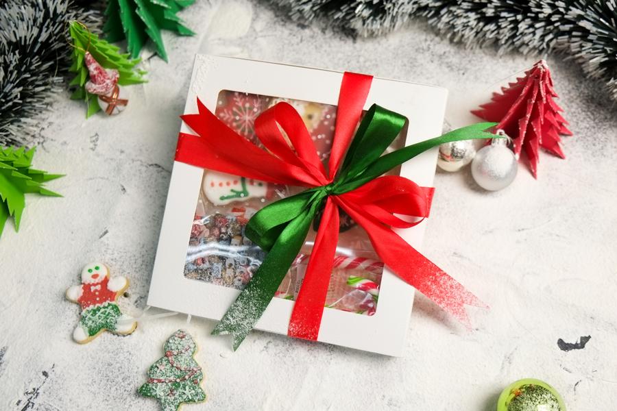 hộp quà giáng sinh chọn quà giáng sinh Chọn quà Giáng sinh theo Cung hoàng đạo cho người thân chuẩn nhất 25498151 835769129961159 6091462323475209688 n