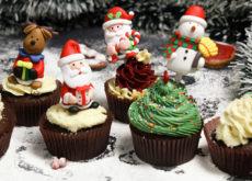 6 cách trang trí bánh cupcake cho giáng sinh thêm rực rỡ cách trang trí bánh Gợi ý 6 cách trang trí bánh cupcake cho Giáng sinh thêm rực rỡ 6 cach trang tri banh cupcake 230x165