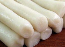Cách làm bánh gạo cay Hàn Quốc từ A-Z đơn giản đến không ngờ-45 cách làm bánh gạo cay Cách làm bánh gạo cay Hàn Quốc từ A-Z dai ngon như ngoài hàng cach lam banh gao cay han quoc tu a z don gian den khong ngo 4 1 230x165