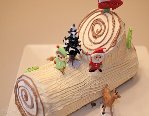 Cách làm bánh khúc cây kem bơ cho mùa Giáng sinh-687 cách làm bánh khúc cây Cách làm bánh khúc cây kem bơ độc đáo cho mùa Giáng sinh cach lam banh khuc cay kem bo cho mua giang sinh 11