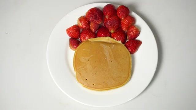 Cách làm bánh Pancake Giáng sinh-55 cách làm bánh pancake giáng sinh Ngộ nghĩnh cách làm bánh Pancake Giáng sinh yêu đừng hỏi cach lam banh pancake giang sinh 7