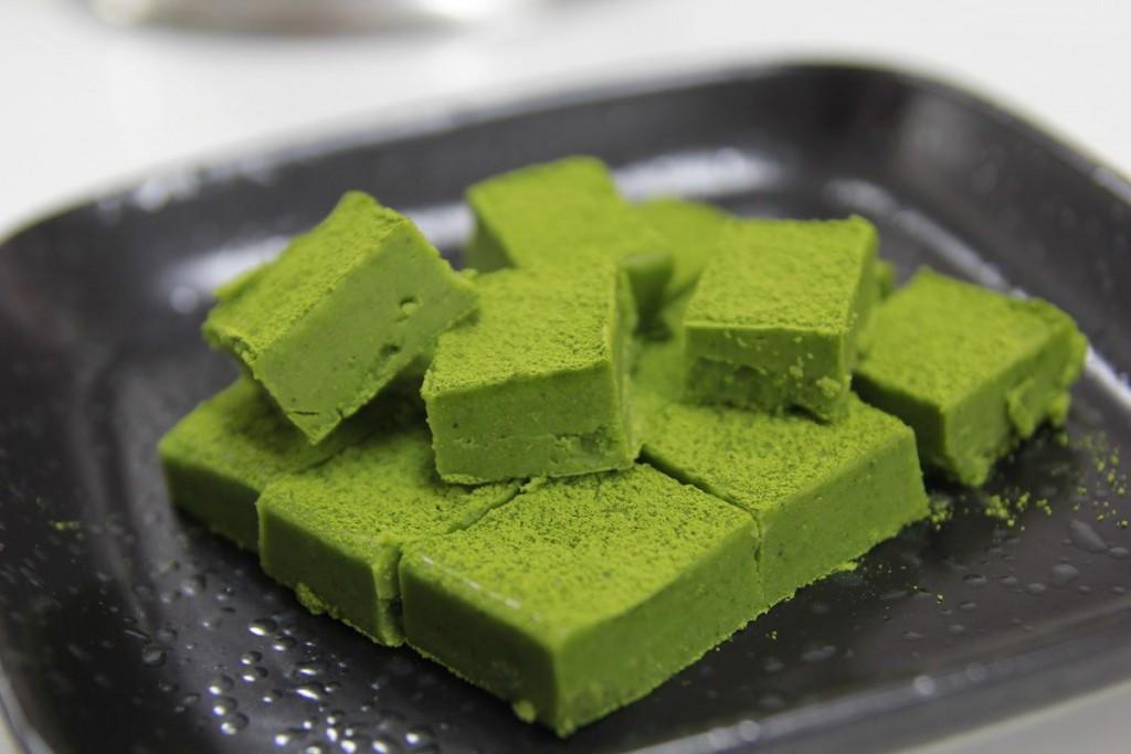 Cách làm sôcôla tươi trà xanh-678 cách làm socola tươi trà xanh Cách làm socola tươi trà xanh tặng người thân yêu cach lam socola tuoi tra xanh 5