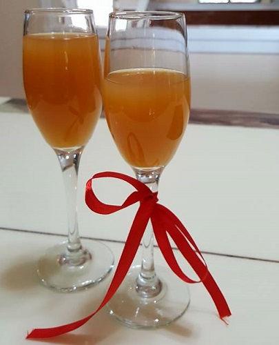 Tự làm rượu trái cây cho ngày tết  tự làm rượu trái cây Tự làm rượu trái cây nhâm nhi đón năm mới cach ngam ruou dao don tet ca gia dinh deu uong duoc 1