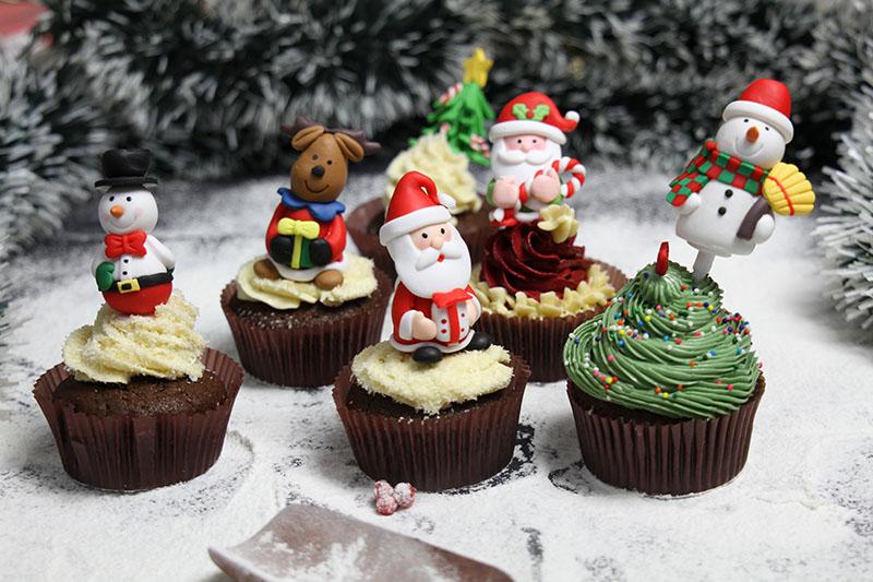 cây cắm bánh Noel chọn quà giáng sinh Chọn quà Giáng sinh theo Cung hoàng đạo cho người thân chuẩn nhất cay cam banh 1