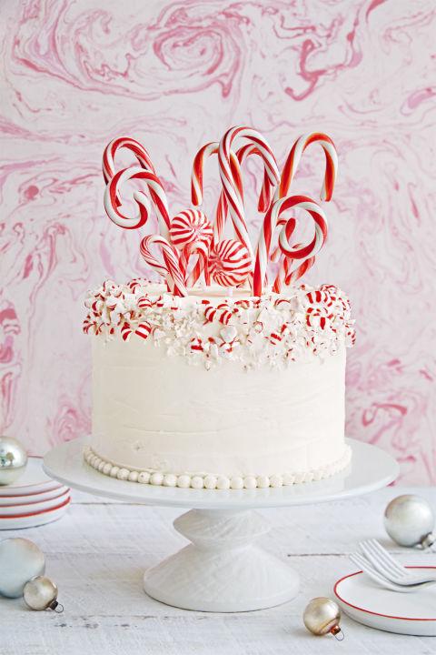 Cách trang trí bánh kem Noel-677 cách trang trí bánh kem noel 10 cách trang trí bánh kem Noel đơn giản mà vẫn đẹp lung linh gallery 1478899428 christmas desserts candy cane forest cake 1216 1