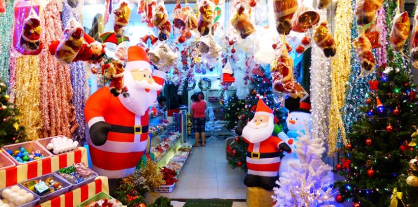 Beemart sẽ mách bạn những địa chỉ mua đồ trang trí Giáng sinh giá rẻ tại Hà Nội và TP.HCM, từ đó giúp bạn có mùa Noel rực rỡ và tiết kiệm nhất-578 đồ trang trí giáng sinh giá rẻ Mách bạn địa chỉ mua đồ trang trí Giáng sinh giá rẻ tại Hà Nội và TP.HCM goi y dia chi mua do trang tri giang sinh gia re 1 1