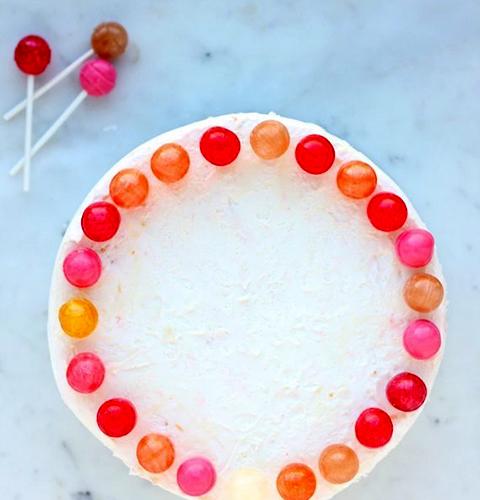 Cách trang trí bánh kem Noel-1 cách trang trí bánh kem noel 10 cách trang trí bánh kem Noel đơn giản mà vẫn đẹp lung linh trang tr   b  nh kem 2