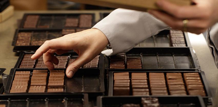 mua socola ở hà nội List 5 địa chỉ mua socola ở Hà Nội uy tín, ngon, chất lượng năm 2018 4616a2005aff53f733b27f06ea08f805