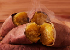 cách luộc khoai lang ngon nhất cách luộc khoai lang ngon nhất 3 cách luộc khoai lang ngon nhất đơn giản như đan rổ Nong ruot o chua ngo doc khi an khoai lang sai cach 1 230x165