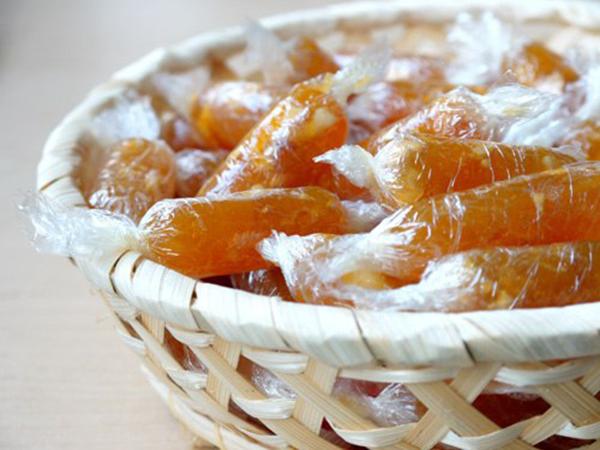 cách làm các loại kẹo đơn giản cách làm các loại kẹo đơn giản Cách làm các loại kẹo đơn giản cho Tết truyền thống cach lam cac loai keo don gian 1