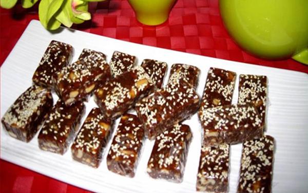 cách làm các loại kẹo đơn giản cách làm các loại kẹo đơn giản Cách làm các loại kẹo đơn giản cho Tết truyền thống cach lam cac loai keo don gian 6