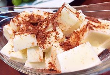 cách làm sữa chua dẻo cách làm sữa chua úp ngược Độc đáo cách làm sữa chua úp ngược vừa ngon vừa lạ sua chua deo