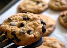 cách làm bánh quy không cần lò nướng cách làm bánh quy không cần lò nướng Cách làm bánh quy không cần lò nướng đơn giản ai cũng làm được cach lam banh quy khong can lo nuong 2 230x165