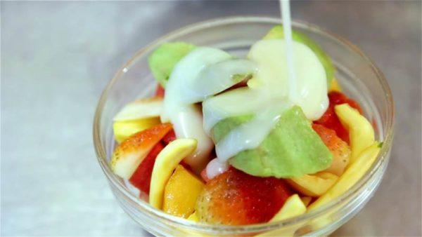 các món ăn vặt mùa hè dễ làm các món ăn vặt mùa hè dễ làm Tổng hợp các món ăn vặt mùa hè dễ làm hấp dẫn nhất cac mon an vat mua he de lam 5 e1522281832979