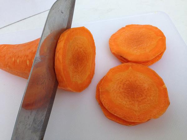 cách làm nước ép cà rốt ngon cách làm nước ép cà rốt ngon Cách làm nước ép cà rốt ngon không phải ai cũng biết cach lam nuoc ep ca rot ngon 11