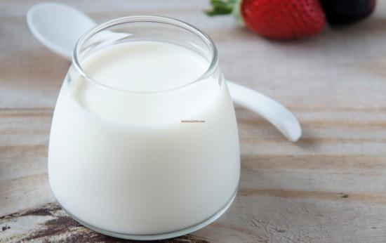 cách làm sữa chua bằng sữa công thức cách làm sữa chua từ sữa công thức Cách làm sữa chua từ sữa công thức đơn giản, an toàn cho trẻ nhỏ cach lam sua chua bang sua cong thuc 511